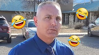 Asking Cops The Same Silly Questions They Ask Us - Arizona Cop Gets Flustered |