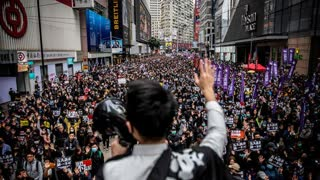 Hong Kong protester challenges Chinese authorities with an incredible speech!
