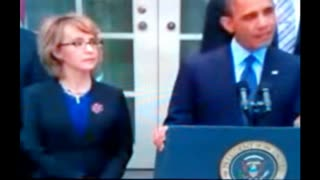 Giffords NOT Paralyzed - WATCH as She Uses Her RIGHT Hand... During Obama's Anti-Gun Diatribe!