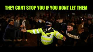 Pub Revellers Ignore Mask & Social Distancing Rules. Police Powerless To Stop Them