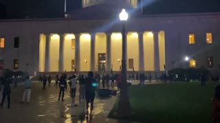 US Protest over police Brutality - Broke into Ohio Statehouse (not White House)