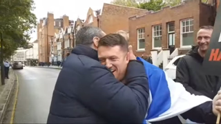 BUSKA LIVE Tommy Robinson attends pro Israel rally  get a lot of love
