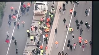 Construction Workers protest moves to Westgate Bridge in Melbourne #CMFEU #Melbourne 21/09/21