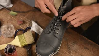How it's made : ORTODOUX RAVEN Riding Boots   Hand-welted Veldtschoen Construction