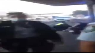 AUSTRALIAN PIGS TERRORIZE & PEPPER SPRAY A 12 YEAR OLD FOR NOT WEARING A MASK